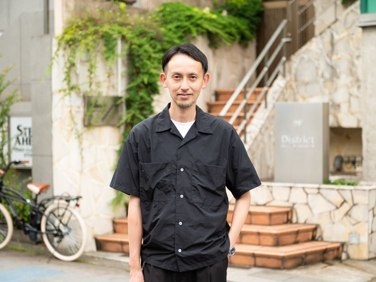 District UNITED ARROWSで店長をしています。 | 濱本仁