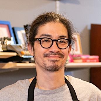 加藤隆行 (美容師(代表))