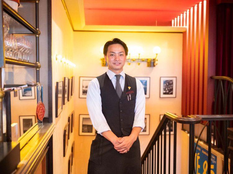ブラッスリーヴィロン渋谷店マネージャー | 三角務文